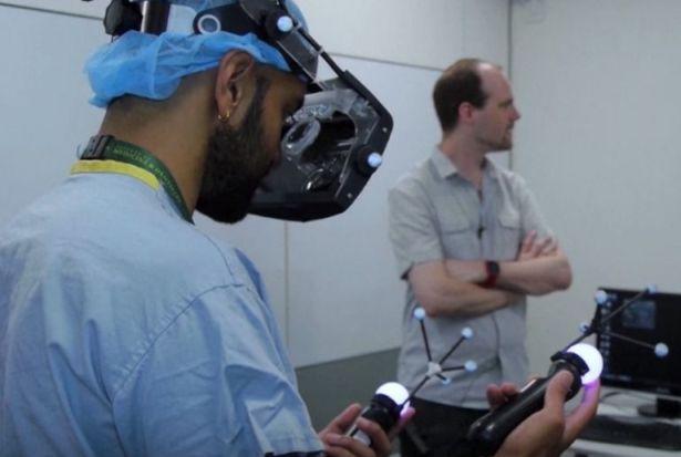 Aplikasi teknologi realitas virtual dalam berbagai bidang 2