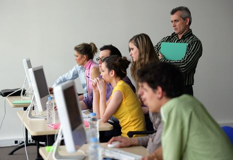 Bagaimana hubungan antara teknologi dan pendidikan