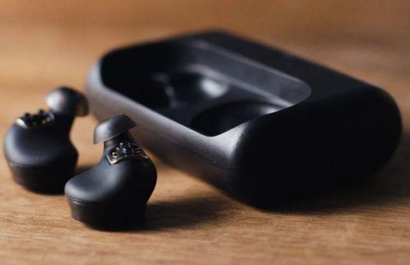 beberapa keuntungan memakai earbud wireless